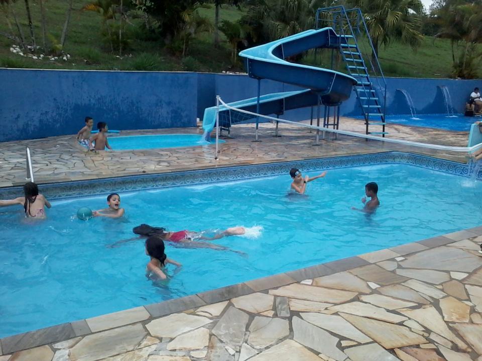 Diversão na piscina